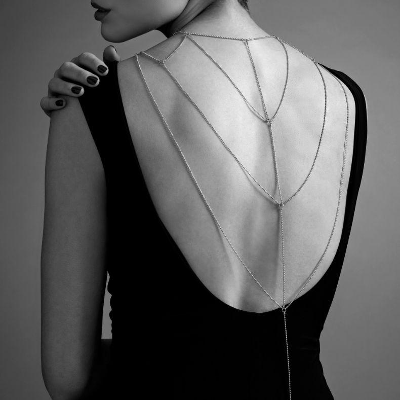 Magnifique cadenas metálicas para espalda y escote - dorado