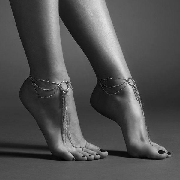Magnifique accesorios para los pies dorado